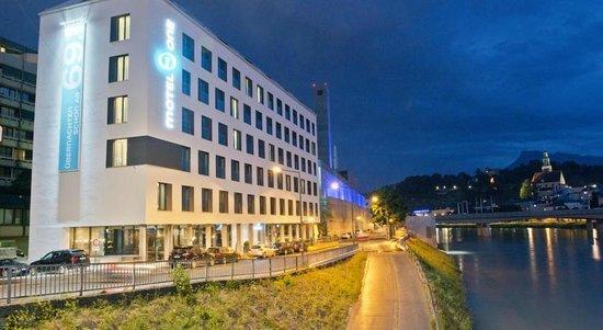 Motel One Salzburg Mirabell : La struttura