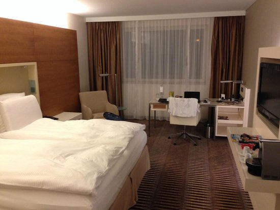 Pullman Berlin Schweizerhof: room 904
