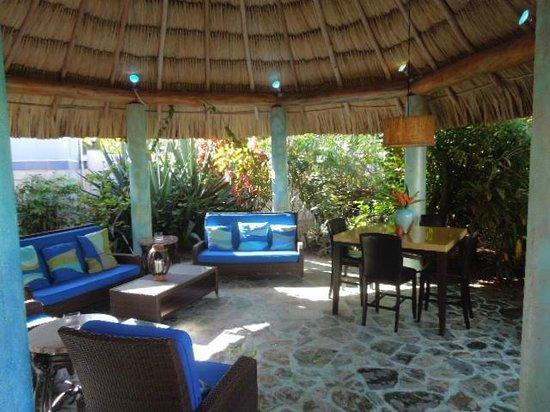 Chabil Mar: Lounge
