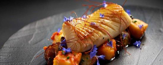 Hawksworth Restaurant: Sablefish, sunchoke, kimchi apple, bacon, citrus mustard