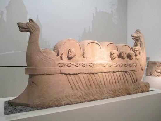 Rheinisches Landesmuseum : Winzerschiff