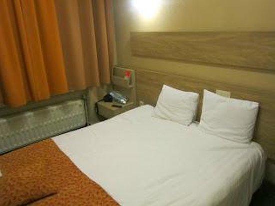 Hotel de France: other bedroom