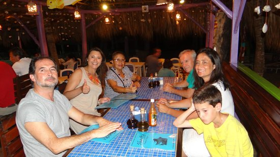 Sharks Beach Bar El Yaque: cenando con windtour calypso y Gaby