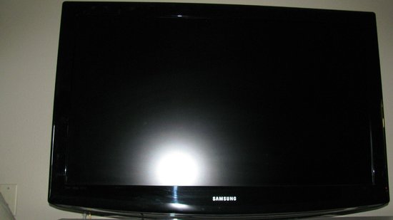 The Hotel Blue: Samsung HDTV
