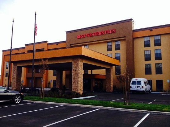 Best Western Plus Fresno Airport Hotel Ca Reviews Photos Price Comparison Tripadvisor