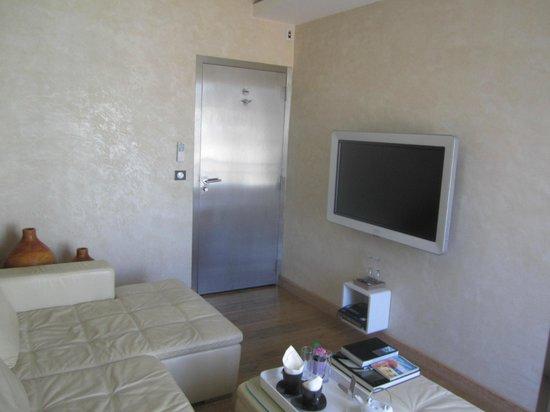 Le Dortoir: Living area