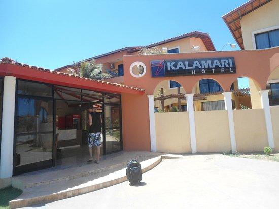 Kalamari Hotel: Frente do hotel