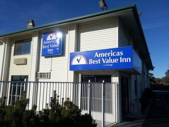 Americas Best Value Inn - Lincoln Airport: Main