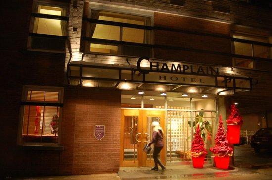 Le Champlain Hotel: Entrada do hotel Le Champlain