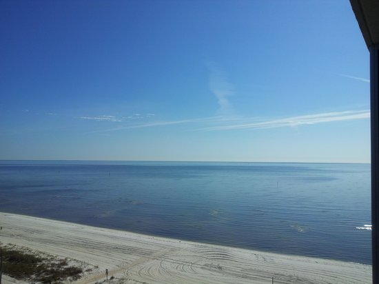 South Beach Biloxi Hotel & Suites: Great View & Warm in December