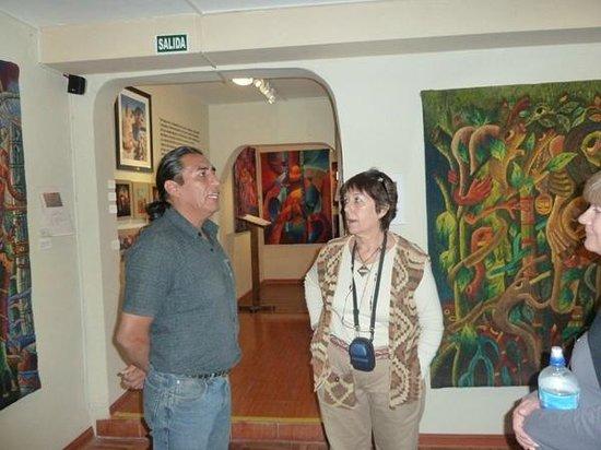 Museo Maximo Laura : Atenta escucho su relato de sus comienzos en el arte textil