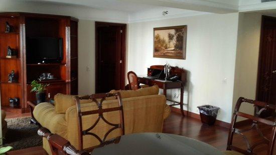 Hotel Estelar La Fontana: Suite.