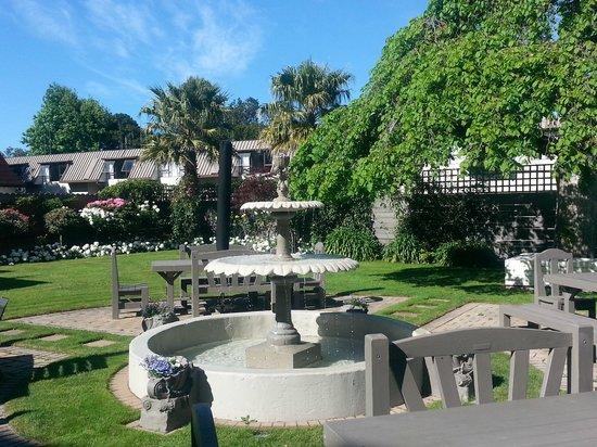 Hotel Coachman: Fountain