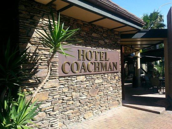 Hotel Coachman: Entrance