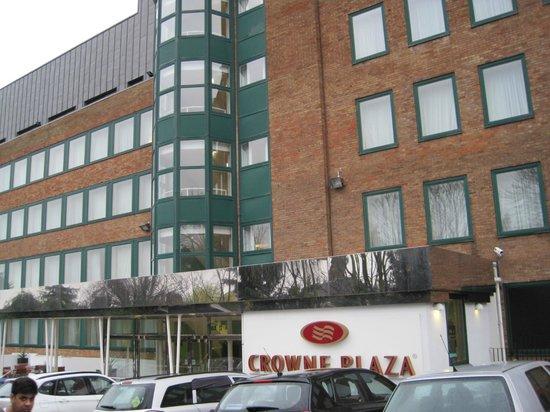 Crowne Plaza Hotel London Ealing: Front