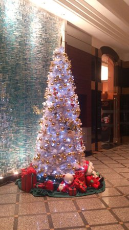 Chateau de Bangkok: Christmas Tree in Lobby