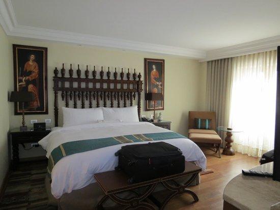 JW Marriott El Convento Cusco: bedroom suite