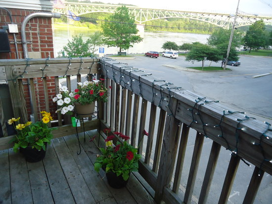 Gagliano's Bistro: view of the Kennebec river from patio