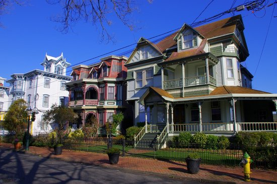 Carroll Villa Hotel: Beautiful Jackson Street