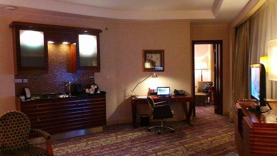 Movenpick Hotel West Bay Doha : Living Room