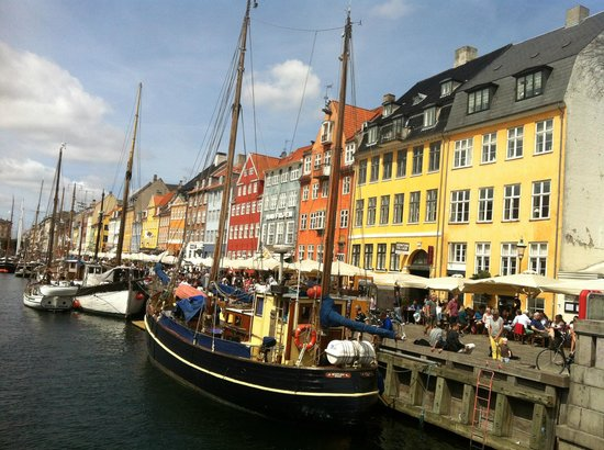 Nyhavn - beautiful