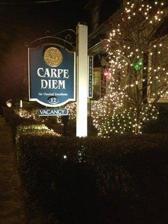 Carpe Diem Guesthouse & Spa: Hotel Sign