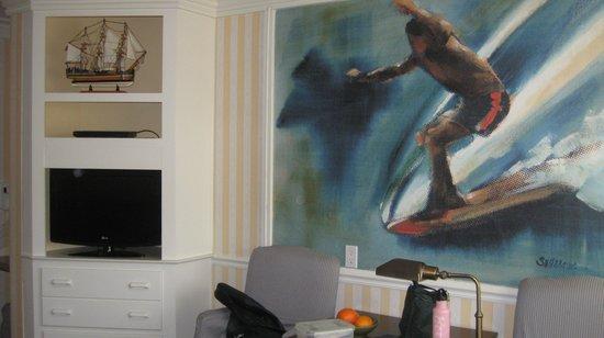 Bay Shores Peninsula Hotel: We loved the art