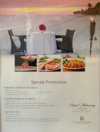 Royal Hideaway Playacar: private beach dinner