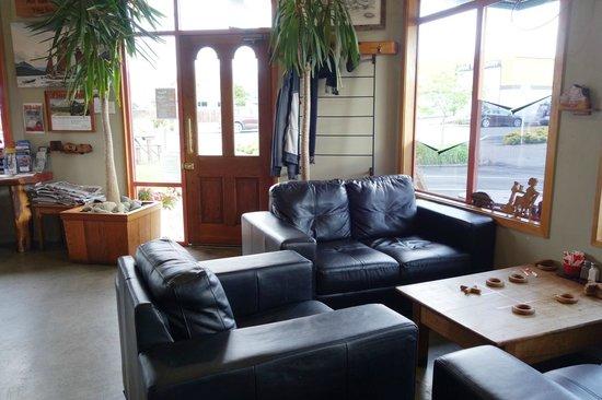 Sandfly Cafe : comfy corner