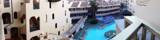 PlayaOlid Suites & Apartments: Вид с балкона