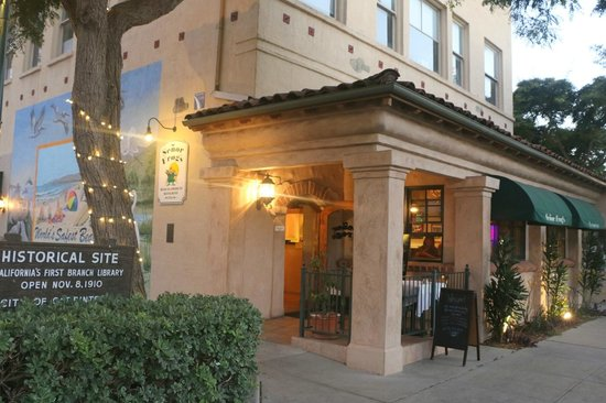 Senor Frog's - Carpinteria: Conveniently located in downtown Carpinteria with a parking lot.
