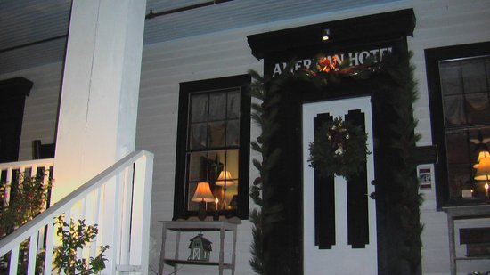 The American Hotel: Doorway to Hotel area