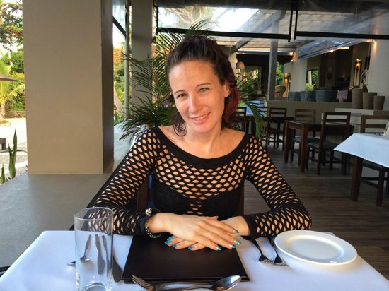 Yasawa Island Resort and Spa: Me in the dining area