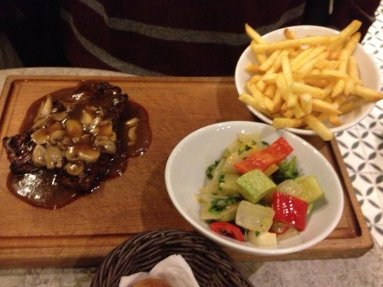 Faros Restaurant Taksim: the steak dish at Faros