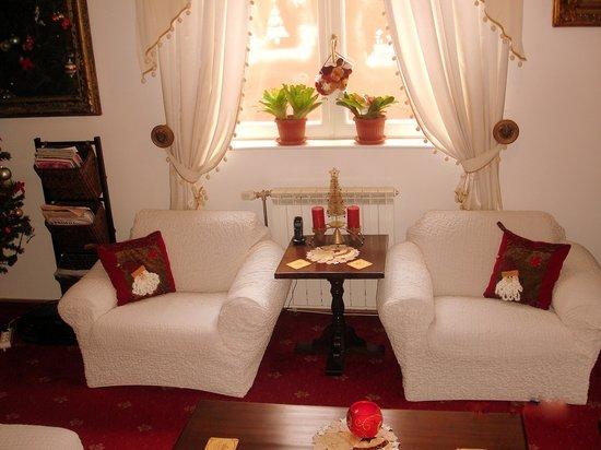 Villa - Hotel ESCALA: holiday season