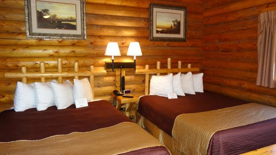 Cowboy Village Resort: comfortable bedroom