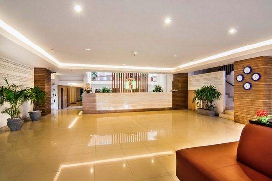 The Tusita Hotel: Lobby