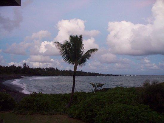 Hana Kai Maui: The view from our lanai