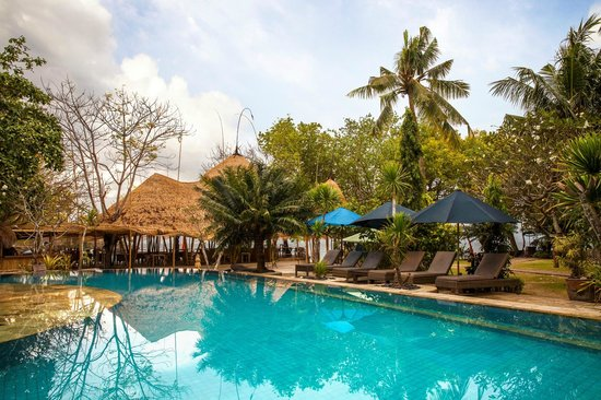 Hai Tide Beach Resort Pool