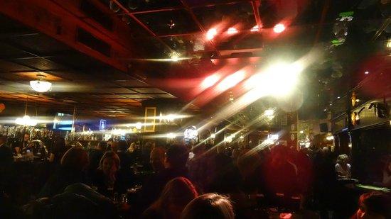 Irish Pub: Основной зал