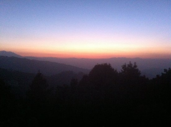 Club Himalaya: Sunset view from our room