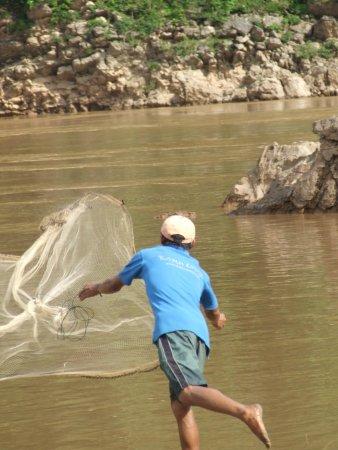 Kamu Lodge : Fishing the hard way