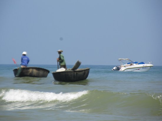 Cua Dai Beach: 끄어다이 해변