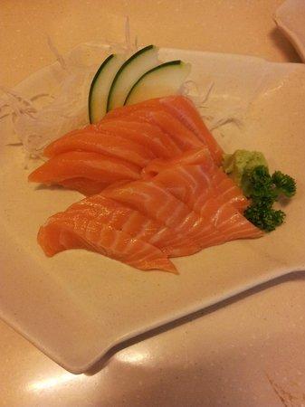 Omakase: salmon sashimi
