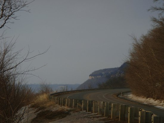 Lake Pepin: Hwy 35 north toward Maiden Rock