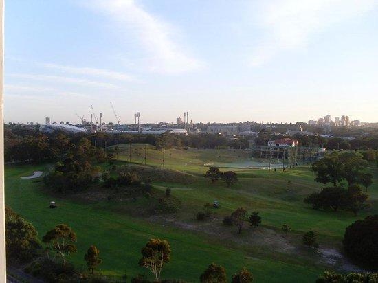 Meriton Serviced Apartments, Waterloo: Moore Park