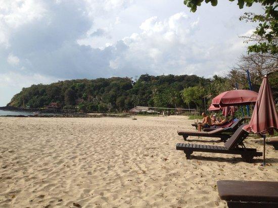 LaLaanta Hideaway Resort: The beach