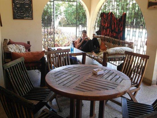 Mombasa Backpackers : Sweet Lounge