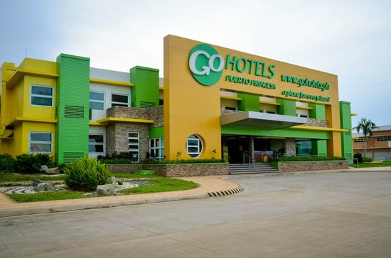 Go Hotels Puerto Princesa: Front View of the Hotel