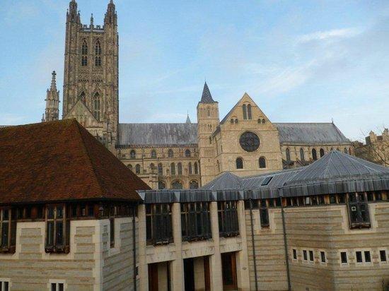 Canterbury Cathedral Lodge: vue de la chalbre